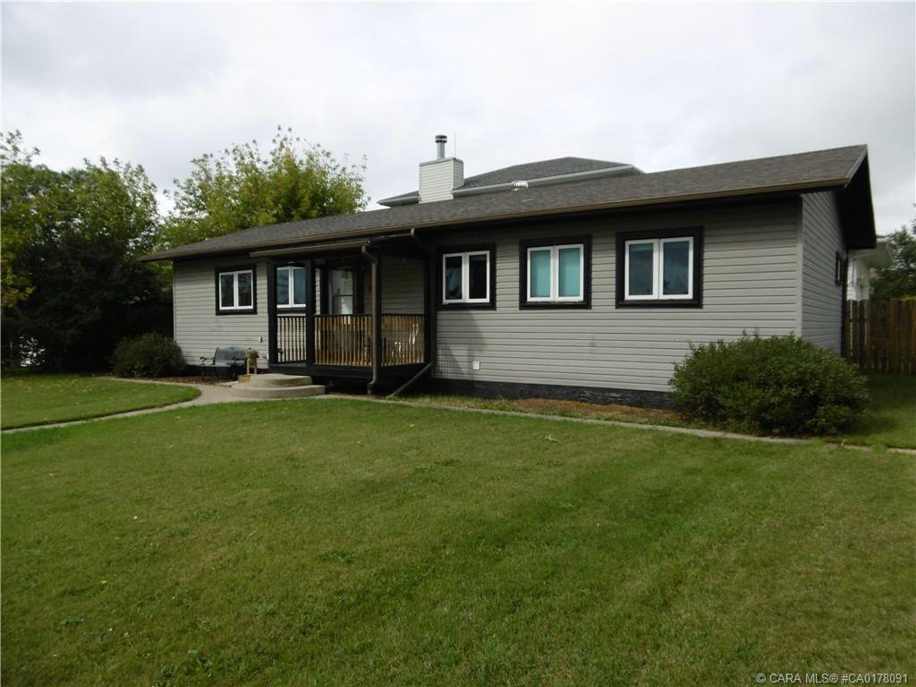 Main Photo: 5202 46 Avenue in Rimbey: RY Rimbey Residential for sale (Ponoka County)  : MLS®# CA0178091