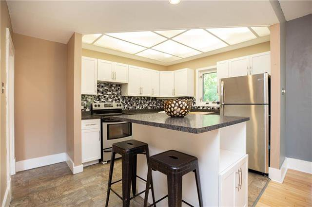 Photo 9: Photos: 333 Clare Avenue in Winnipeg: Riverview Residential for sale (1A)  : MLS®# 1926783