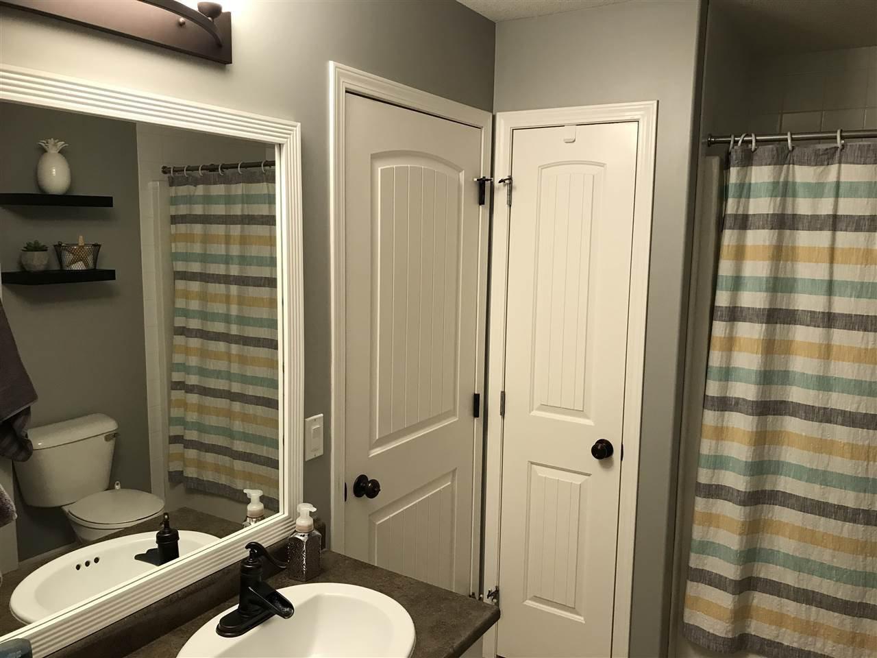 "Photo 9: Photos: 8724 114 Avenue in Fort St. John: Fort St. John - City NE House for sale in ""PANORAMA RIDGE"" (Fort St. John (Zone 60))  : MLS®# R2428633"