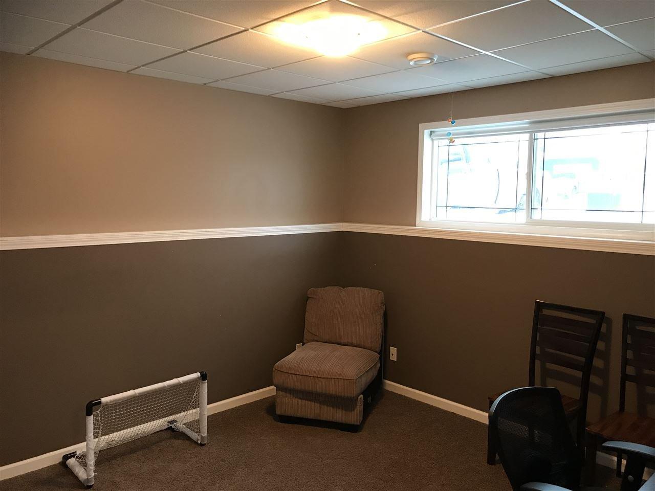 "Photo 13: Photos: 8724 114 Avenue in Fort St. John: Fort St. John - City NE House for sale in ""PANORAMA RIDGE"" (Fort St. John (Zone 60))  : MLS®# R2428633"