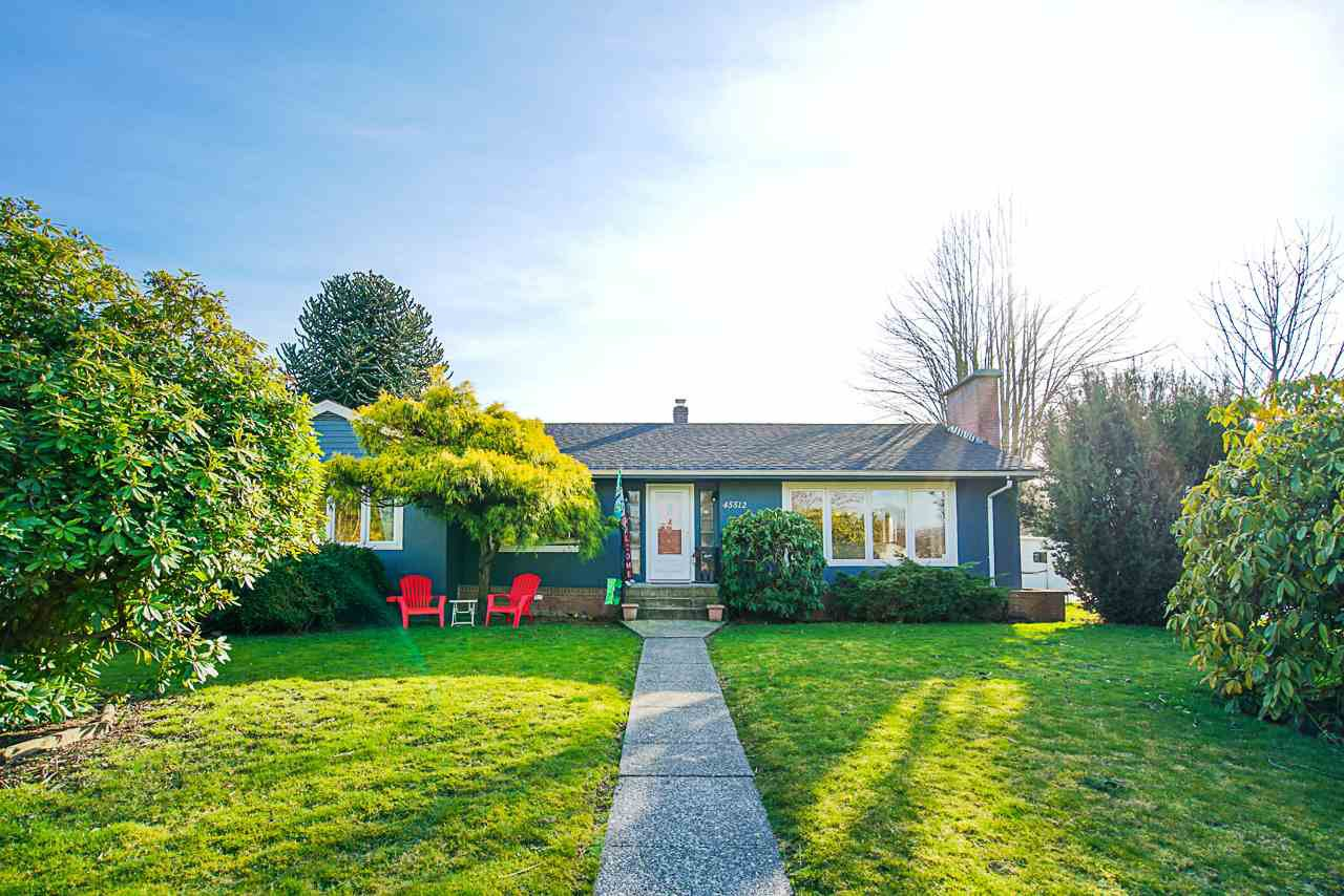 Main Photo: 45512 KIPP Avenue in Chilliwack: Chilliwack W Young-Well House for sale : MLS®# R2445779