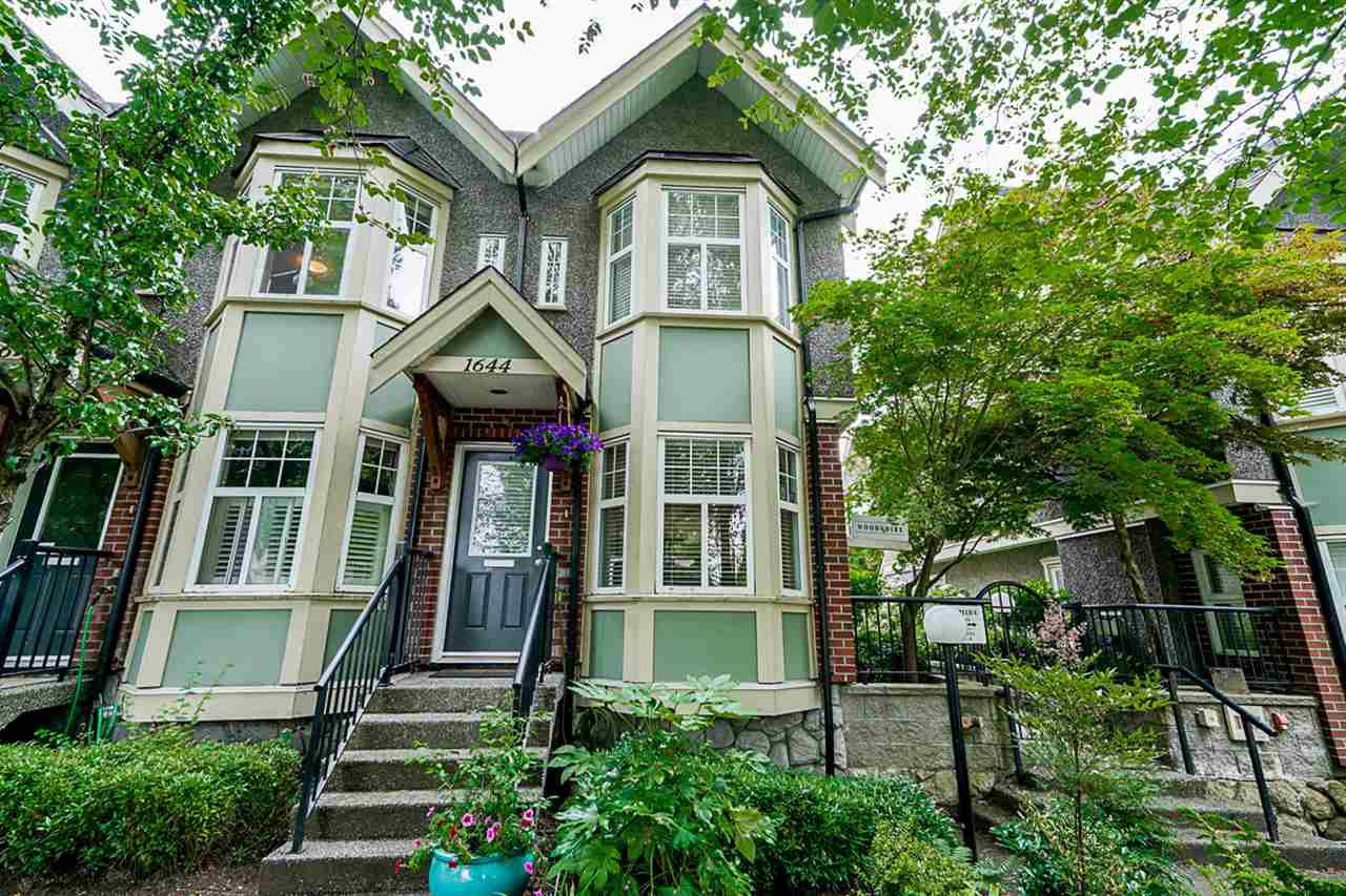 Main Photo: 1644 E GEORGIA STREET in Vancouver: Hastings Townhouse for sale (Vancouver East)  : MLS®# R2480572