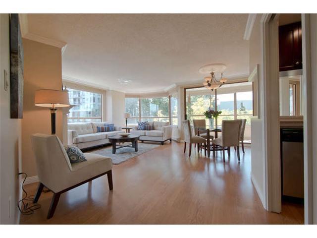 Main Photo: 309 15111 RUSSELL AV: White Rock Home for sale ()  : MLS®# F1409806