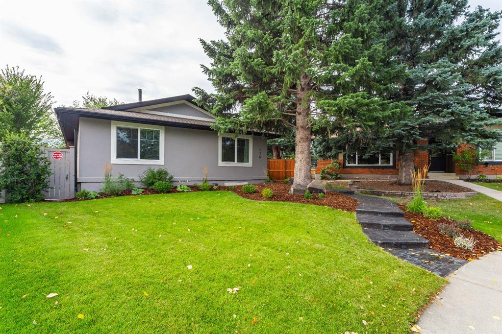 MOVE-IN READY Bungalow, Oversized Heated Double Garage, quiet Cul-de-sac, close WALK to Fish Creek Park & Midnapore Lake, Schools etc.