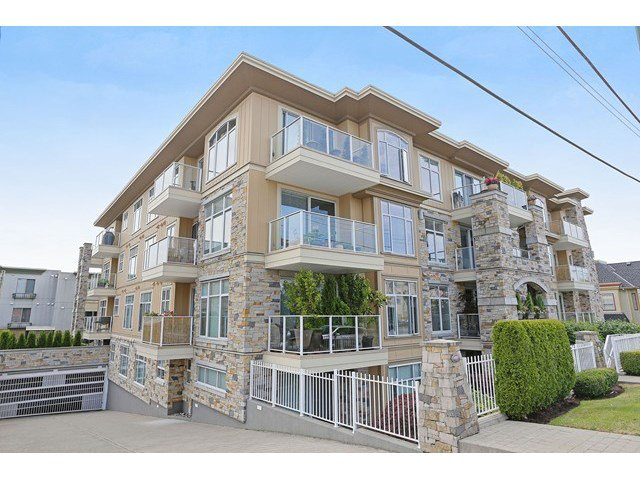 Main Photo: # 402 15164 PROSPECT AV: White Rock Condo for sale (South Surrey White Rock)  : MLS®# F1445020