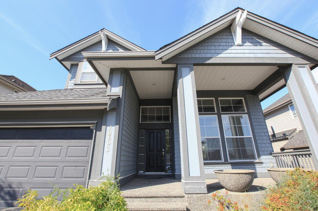 Main Photo: 19693 68A Avenue in Langley: Willoughby Heights House for sale : MLS®# F1449191
