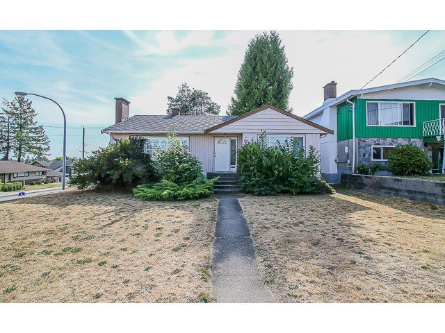 Main Photo: 7689 DAVIES ST in Burnaby: Edmonds BE House for sale (Burnaby East)  : MLS®# V1139774