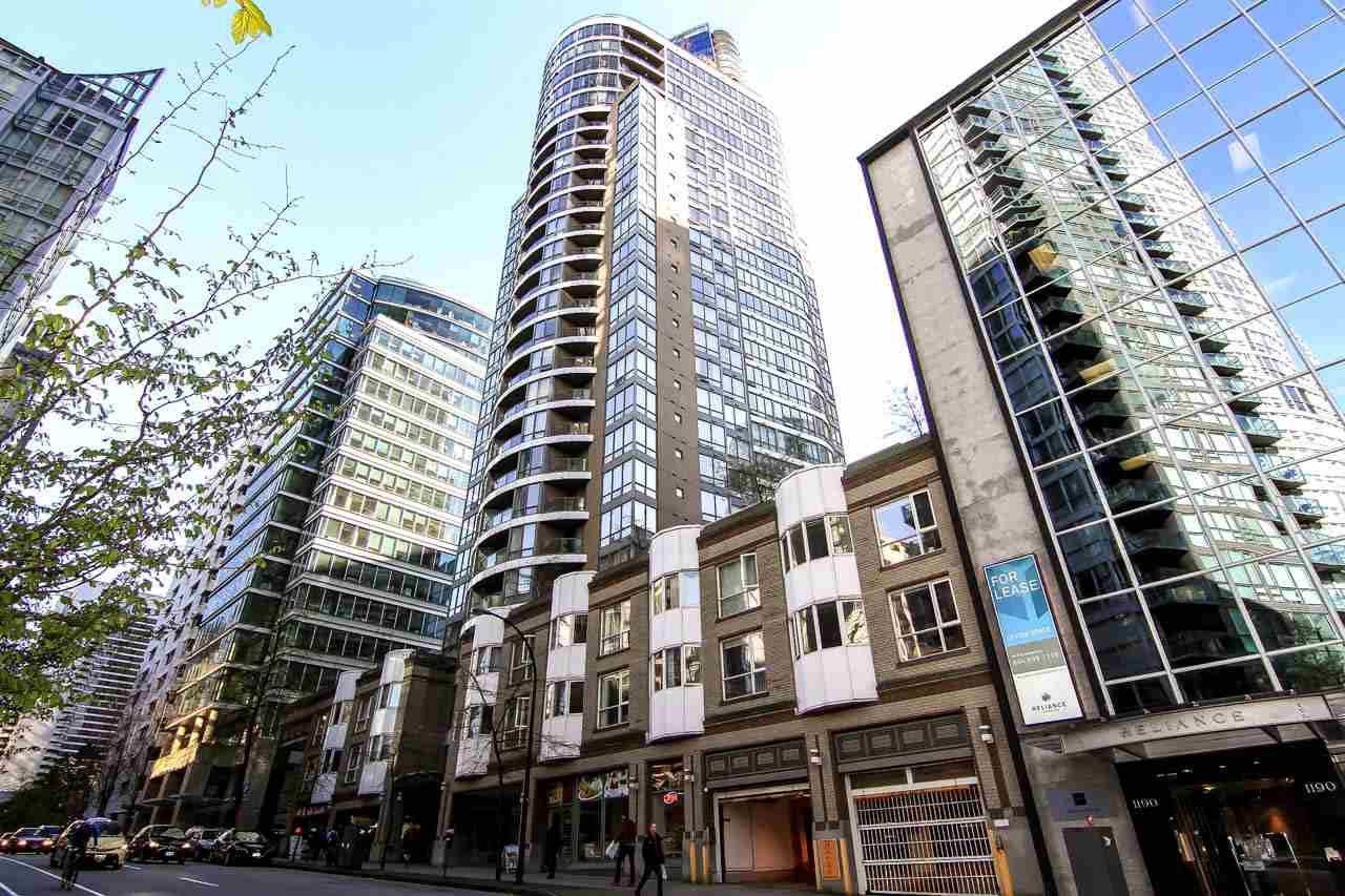 Main Photo: 217 1166 MELVILLE STREET in Vancouver: Coal Harbour Condo for sale (Vancouver West)  : MLS®# R2051697