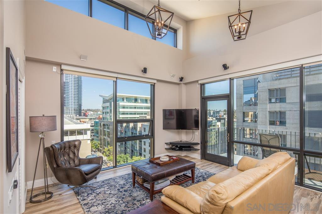 Main Photo: DOWNTOWN Condo for sale : 2 bedrooms : 350 11th Ave #1131 in San Diego