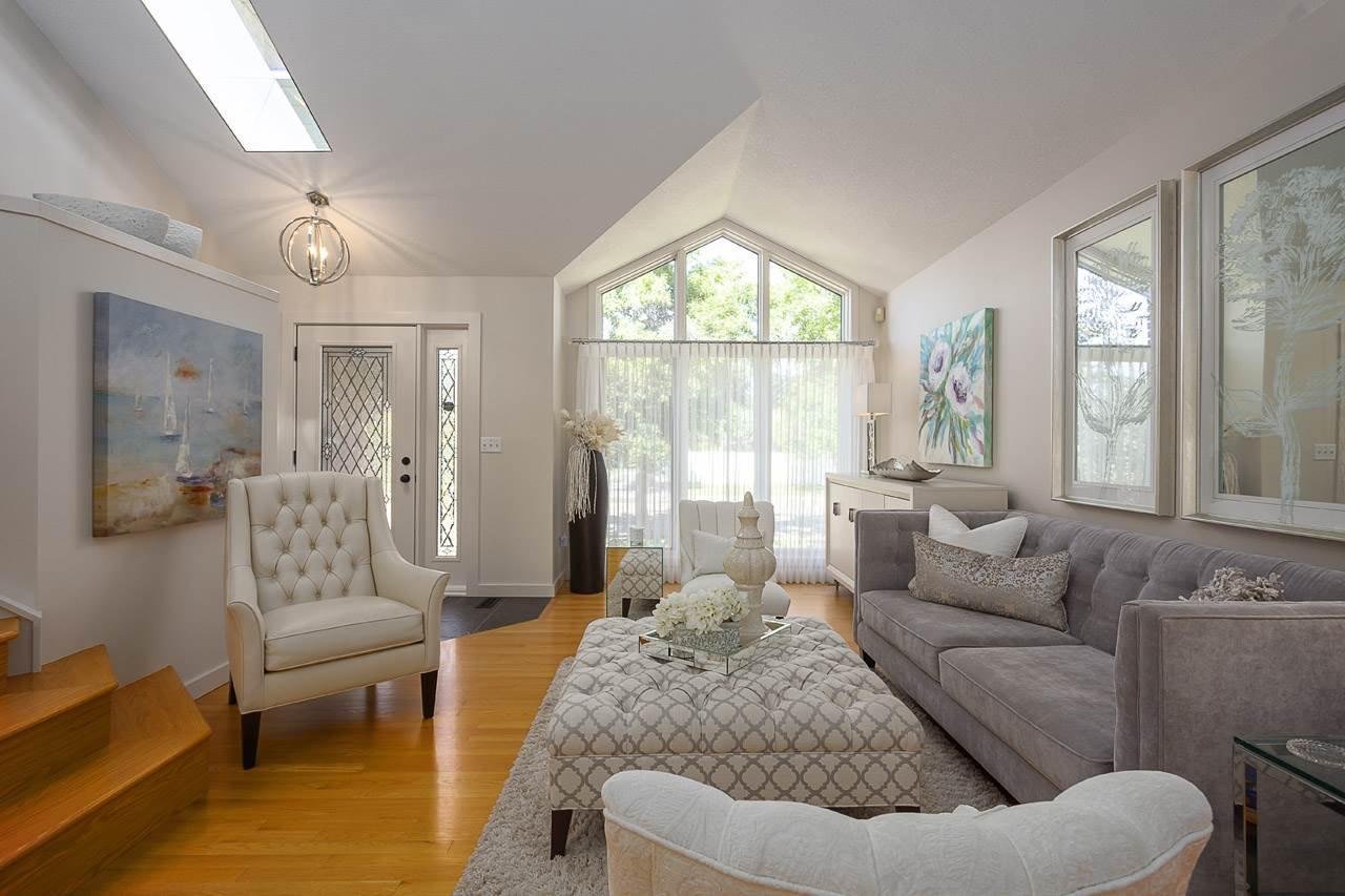 Main Photo: 13 NOTTINGHAM Boulevard: Sherwood Park House for sale : MLS®# E4209622