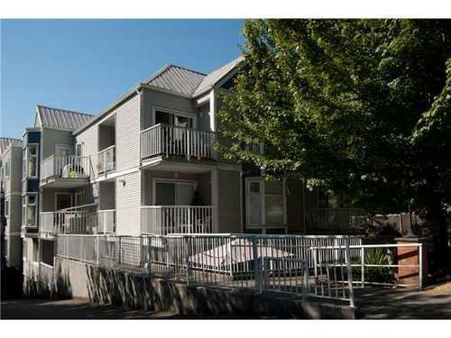 Main Photo: 305 526 13TH Street in New Westminster: Uptown NW Home for sale ()  : MLS®# V971604