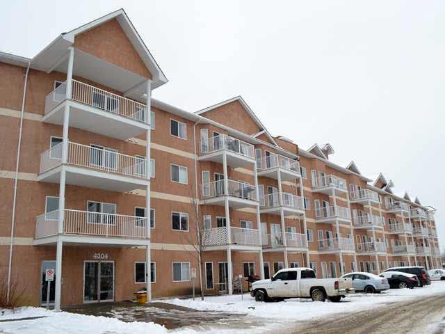 Main Photo: #222 4304 139 AV in Edmonton: Zone 35 Condo for sale : MLS®# E3370501