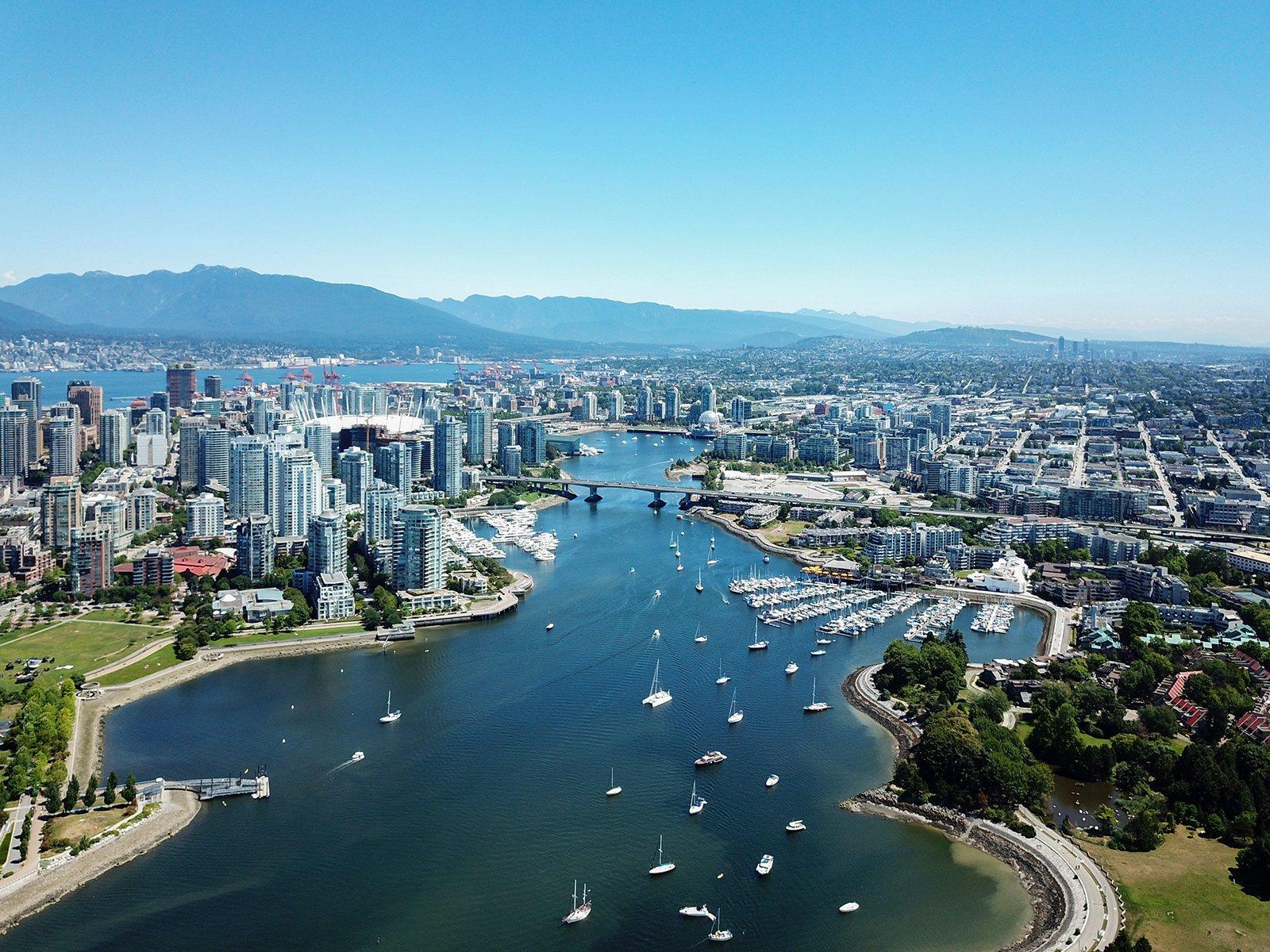 Photo 12: Photos: 803 1708 Ontario Street in Vancouver: False Creek Condo for sale (Vancouver East)