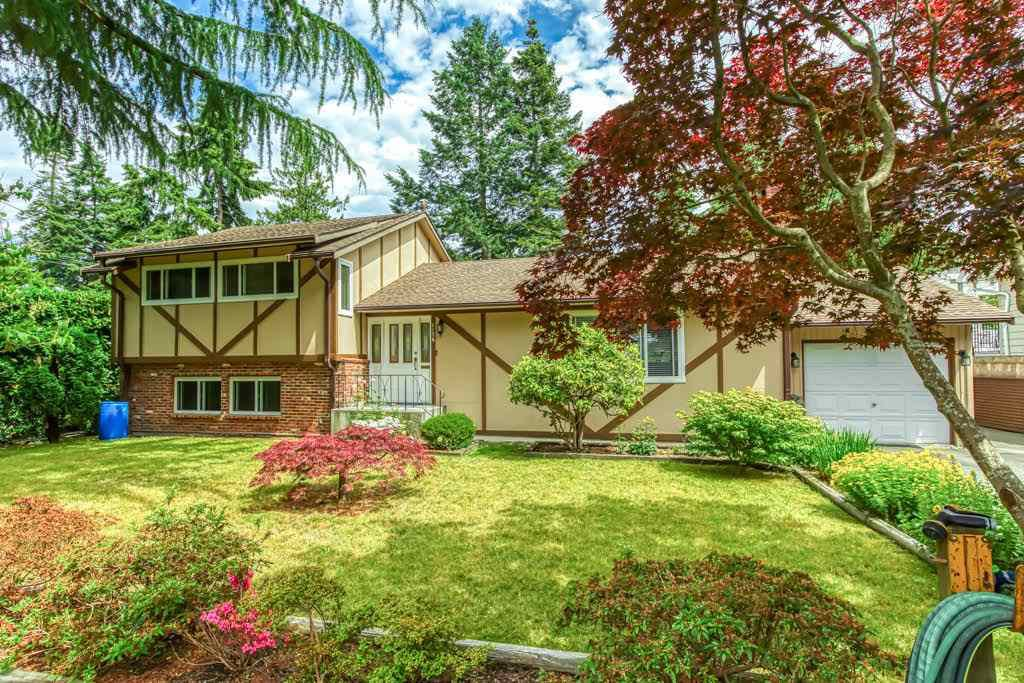 Main Photo: 1176 ENGLISH BLUFF Road in Delta: Tsawwassen Central House for sale (Tsawwassen)  : MLS®# R2477380