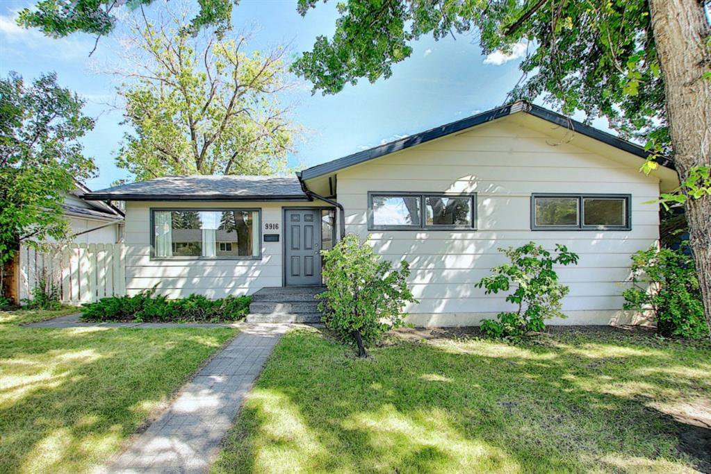 Main Photo: 9916 WALROND Road SE in Calgary: Willow Park Detached for sale : MLS®# A1022875