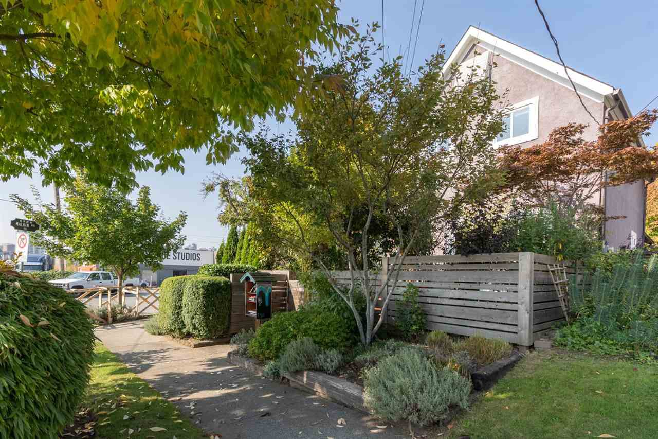 Main Photo: 503 ATLANTIC Street in Vancouver: Strathcona House for sale (Vancouver East)  : MLS®# R2505683
