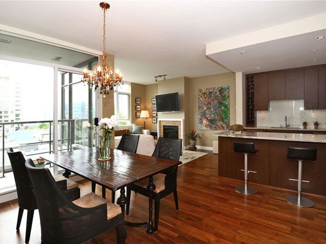 Main Photo: 703 1333 W 11TH Avenue in VANCOUVER: Fairview VW Condo for sale (Vancouver West)  : MLS®# V971816