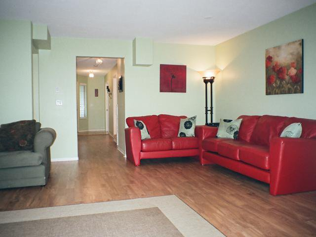 Photo 3: Photos: 12167 MCMYN Avenue in Pitt Meadows: Mid Meadows 1/2 Duplex for sale : MLS®# V987029