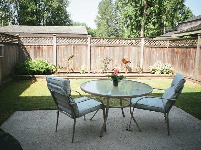 Photo 10: Photos: 12167 MCMYN Avenue in Pitt Meadows: Mid Meadows 1/2 Duplex for sale : MLS®# V987029