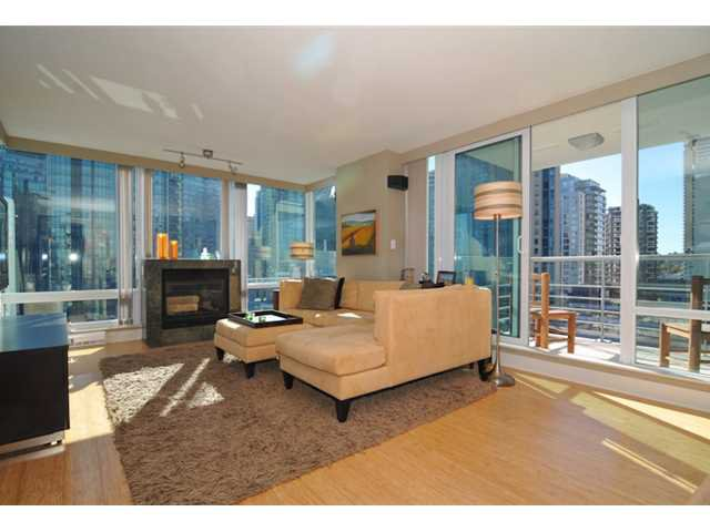 """Photo 4: Photos: 1504 590 NICOLA Street in Vancouver: Coal Harbour Condo for sale in """"Cascina"""" (Vancouver West)  : MLS®# V1009608"""
