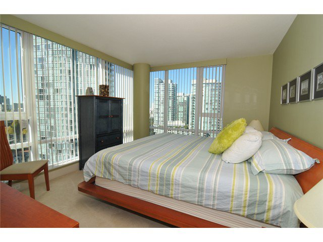 """Photo 9: Photos: 1504 590 NICOLA Street in Vancouver: Coal Harbour Condo for sale in """"Cascina"""" (Vancouver West)  : MLS®# V1009608"""