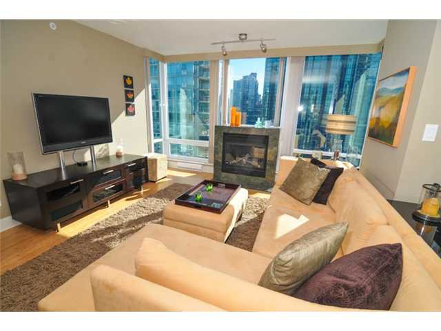 """Photo 3: Photos: 1504 590 NICOLA Street in Vancouver: Coal Harbour Condo for sale in """"Cascina"""" (Vancouver West)  : MLS®# V1009608"""