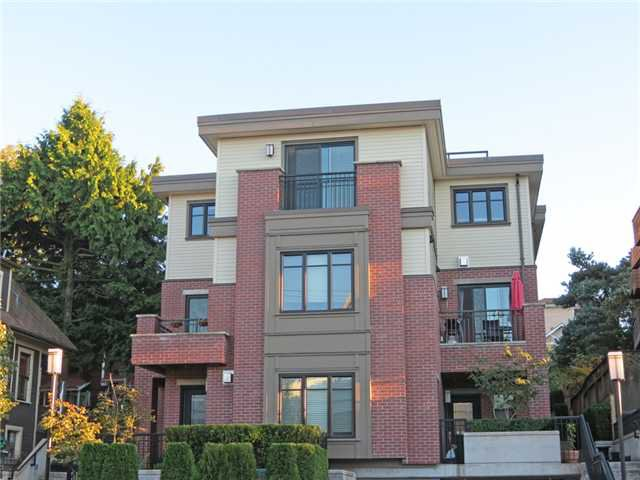 Main Photo: 466 E 5TH AV in Vancouver: Mount Pleasant VE Townhouse for sale (Vancouver East)  : MLS®# V1022997