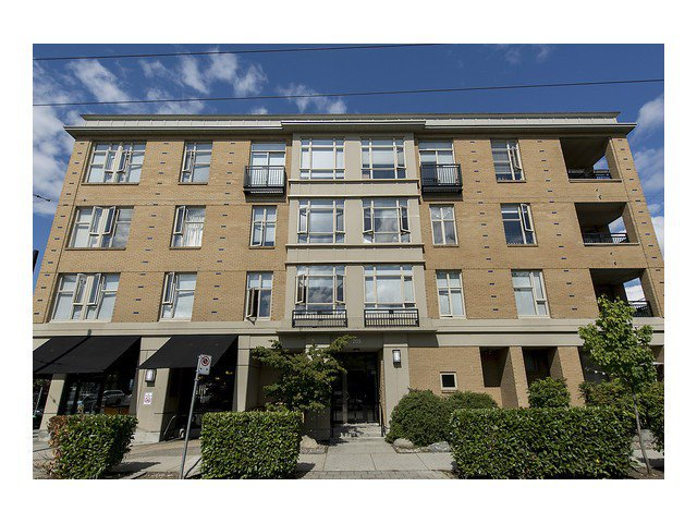 Main Photo: # 105 205 E 10TH AV in Vancouver: Mount Pleasant VE Condo for sale (Vancouver East)  : MLS®# V1082695