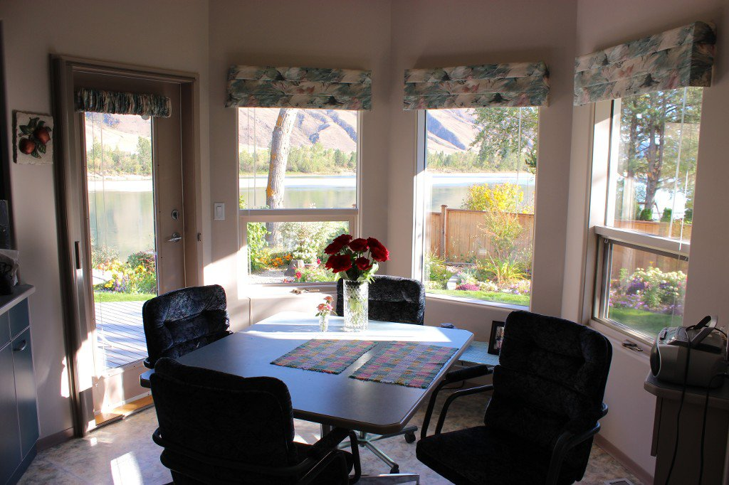 Photo 10: Photos: 617 Bissette Road in Kamloops: Westsyde House for sale : MLS®# 131131