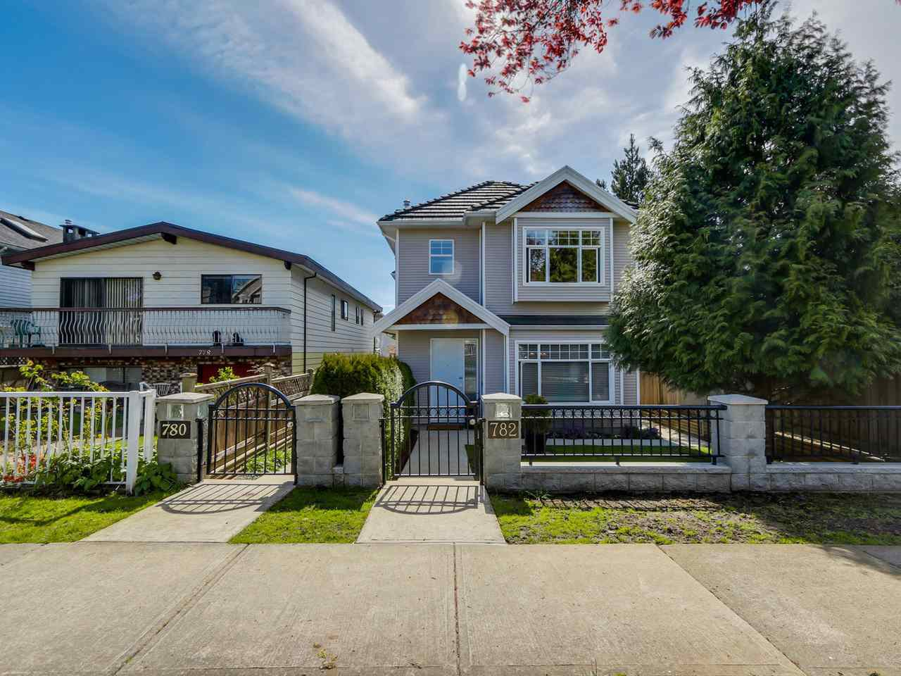 Main Photo: 782 W 69TH AVENUE in Vancouver: Marpole 1/2 Duplex for sale (Vancouver West)  : MLS®# R2052954