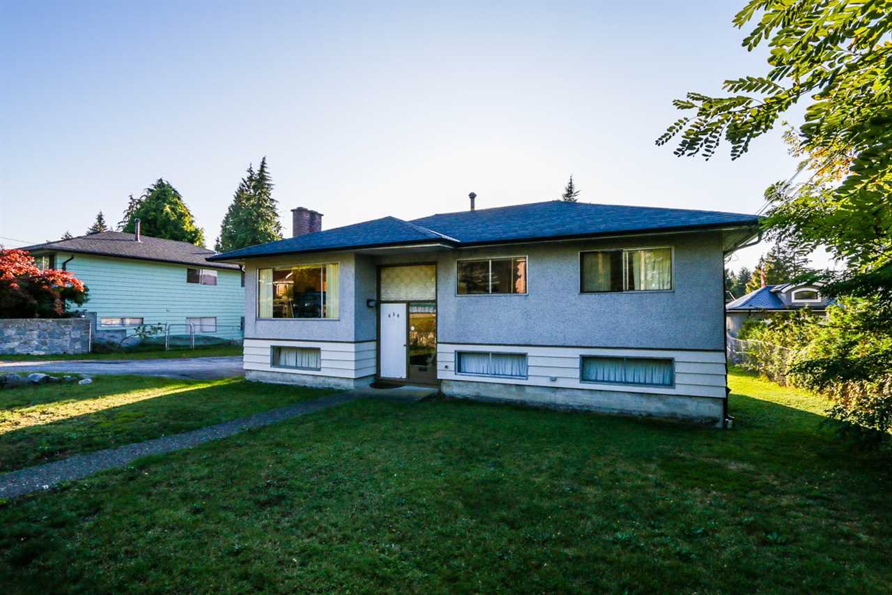 Main Photo: 830 POIRIER STREET in Coquitlam: Harbour Place House for sale : MLS®# R2113394