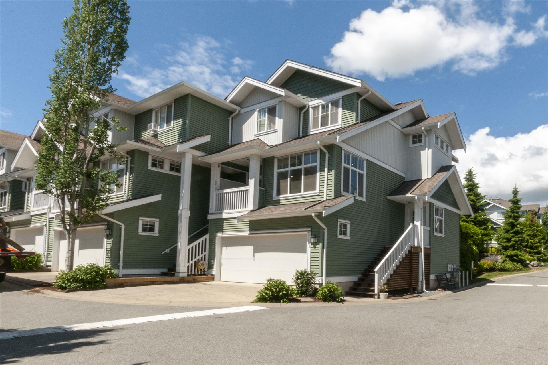 Main Photo: 42-6785 193rd Street Surrey in Surrey: Clayton Townhouse for sale (Cloverdale)