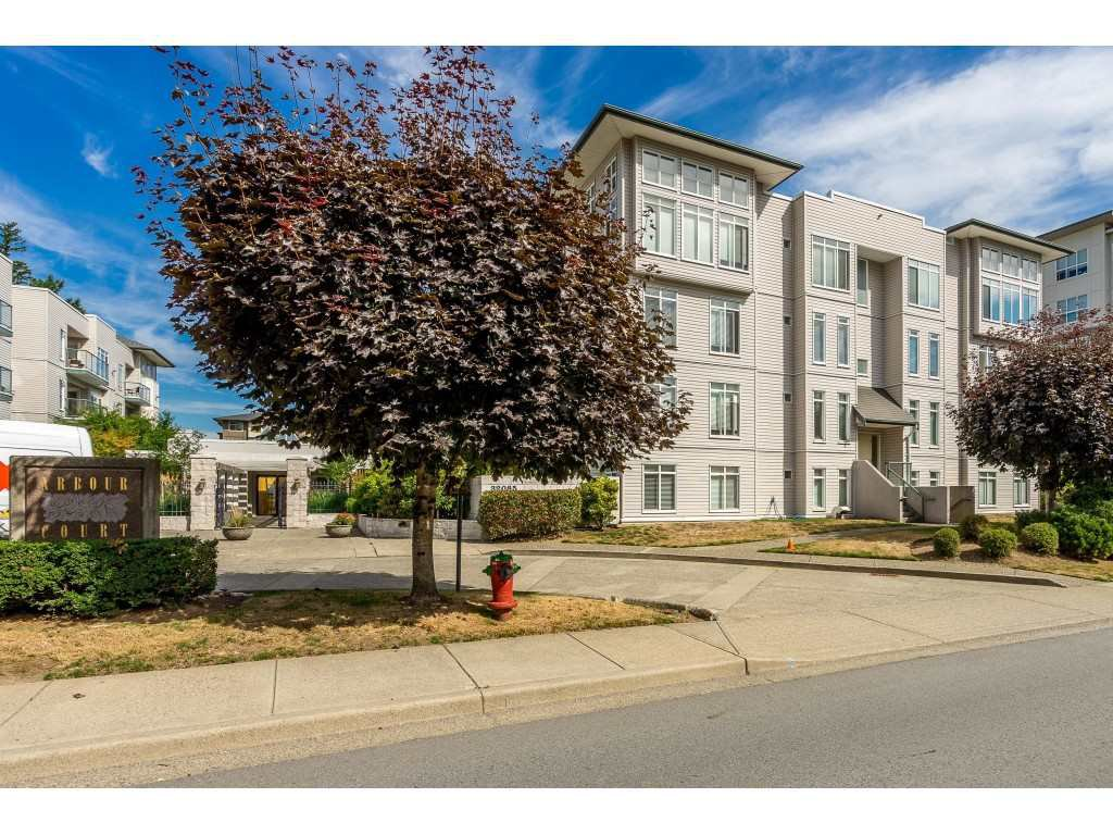 "Main Photo: 412 32085 GEORGE FERGUSON Way in Abbotsford: Abbotsford West Condo for sale in ""Arbour Court"" : MLS®# R2400974"