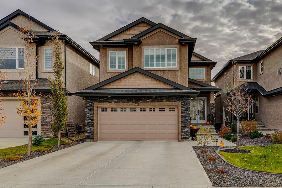 Main Photo: 527 ALBANY Way in Edmonton: Zone 27 House for sale : MLS®# E4177602
