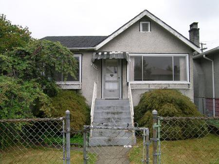 Main Photo: 5240 KILLARNEY ST in Vancouver: House for sale (Collingwood VE)  : MLS®# V581635