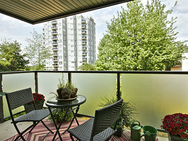 Photo 17: Photos: # 205 1864 FRANCES ST in Vancouver: Hastings Condo for sale (Vancouver East)  : MLS®# V1029328