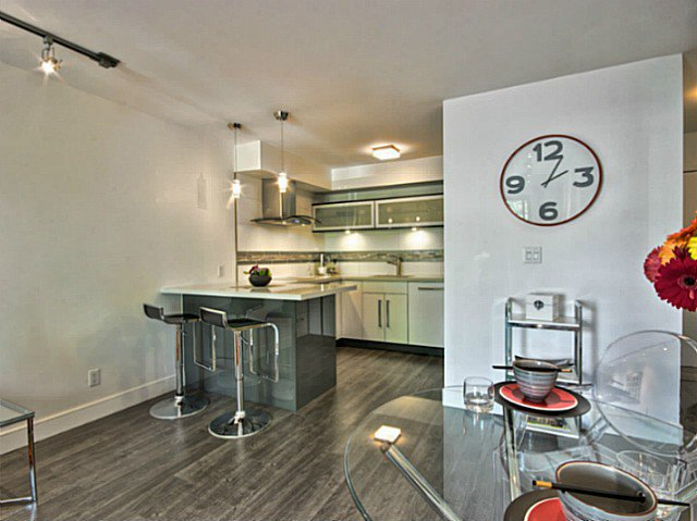 Photo 8: Photos: # 205 1864 FRANCES ST in Vancouver: Hastings Condo for sale (Vancouver East)  : MLS®# V1029328
