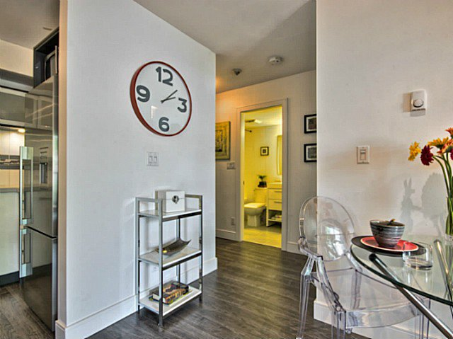 Photo 6: Photos: # 205 1864 FRANCES ST in Vancouver: Hastings Condo for sale (Vancouver East)  : MLS®# V1029328