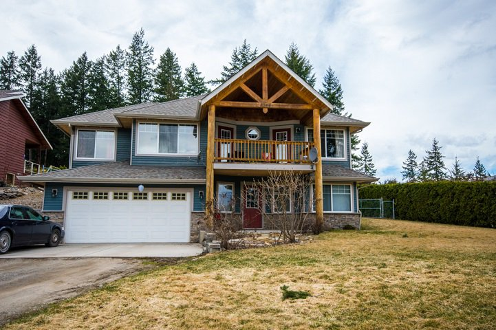 Main Photo: 2384 Mount Tuam Crescent in Blind Bay: Cedar Heights House for sale : MLS®# 10095899