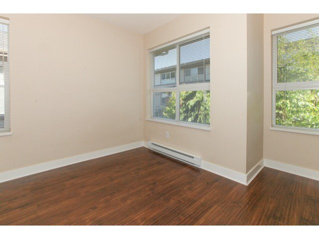 Photo 17: Photos: # 37 15353 100TH AV in Surrey: Guildford Condo for sale (North Surrey)  : MLS®# F1439830