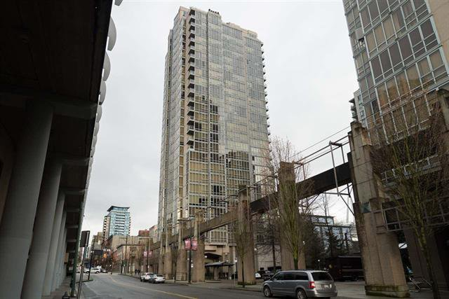 Main Photo: 2001 930 CAMBIE STREET in : Vancouver West Condo for sale : MLS®# R2093045