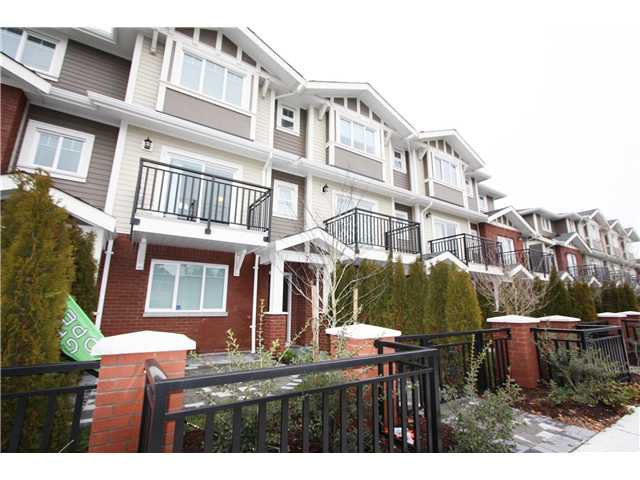 Main Photo: 7 8391 Williams Road in Richmond: Townhouse for sale : MLS®# v988446