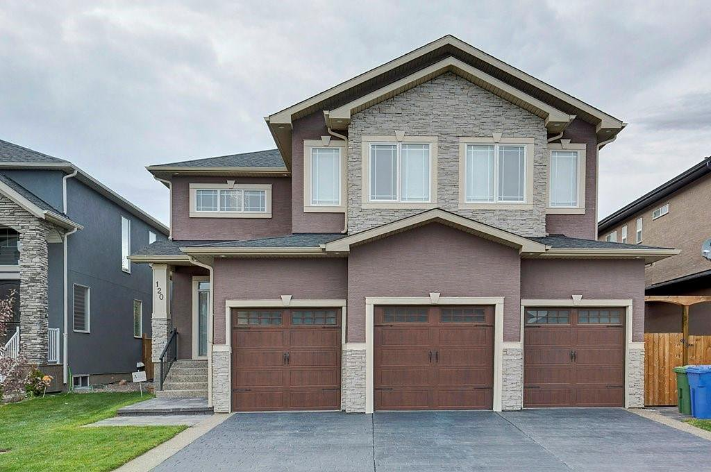 Main Photo: 120 KINNIBURGH Circle: Chestermere Detached for sale : MLS®# C4289495