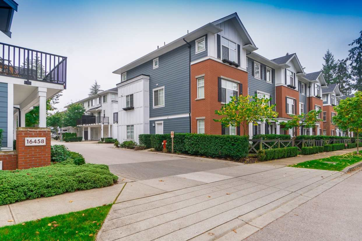 """Main Photo: 48 16458 23A Avenue in Surrey: Grandview Surrey Townhouse for sale in """"EPS2289"""" (South Surrey White Rock)  : MLS®# R2509483"""