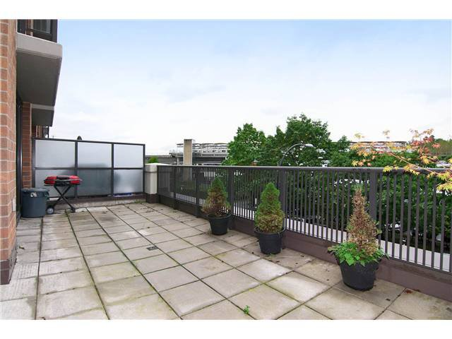 """Main Photo: # 18 4118 DAWSON ST in Burnaby: Brentwood Park Condo for sale in """"TANDEM"""" (Burnaby North)  : MLS®# V915711"""