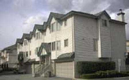 Photo 4: Photos: 3 2420 PITT RIVER RD in Port_Coquitlam: Mary Hill Townhouse for sale (Port Coquitlam)  : MLS®# V331388