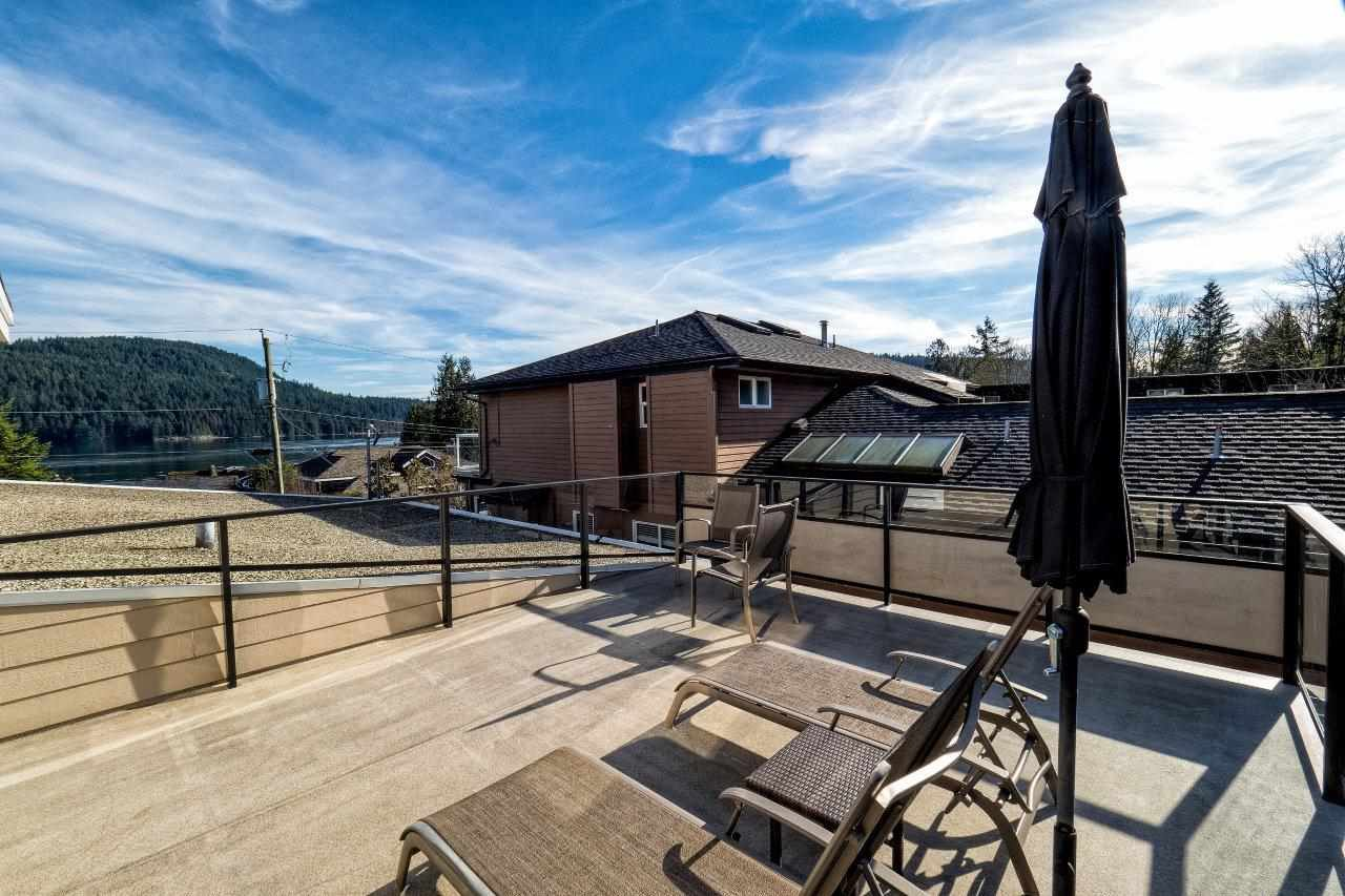Photo 18: Photos: 345 BEACHVIEW DRIVE in North Vancouver: Dollarton House for sale : MLS®# R2035403