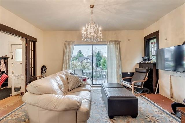Photo 3: Photos: 2425 W 5TH AVENUE in Vancouver: Kitsilano House for sale (Vancouver West)  : MLS®# R2132061
