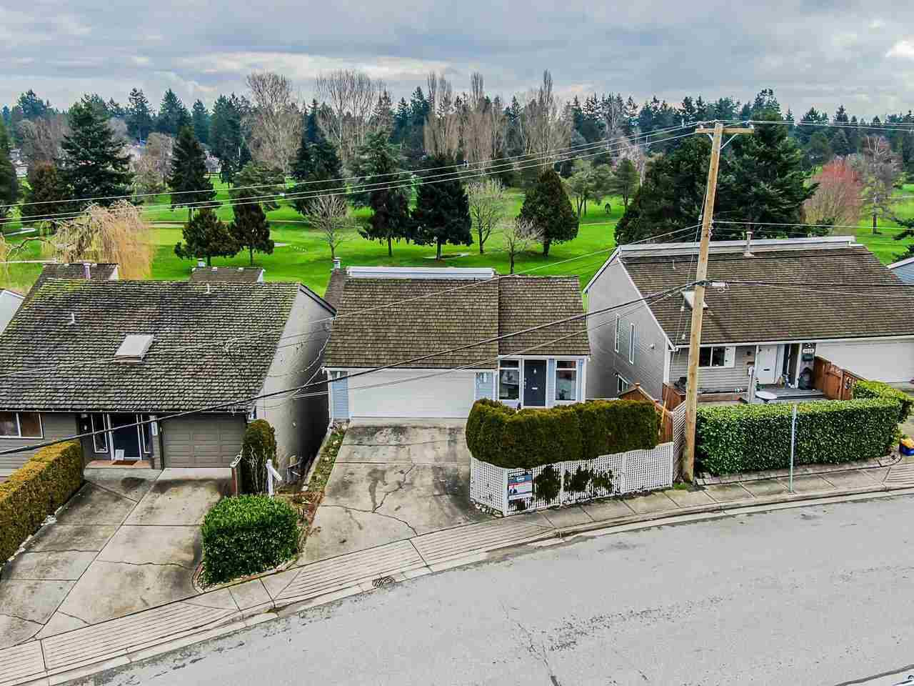 Main Photo: 1430 VIEW Crescent in Delta: Beach Grove House for sale (Tsawwassen)  : MLS®# R2432811