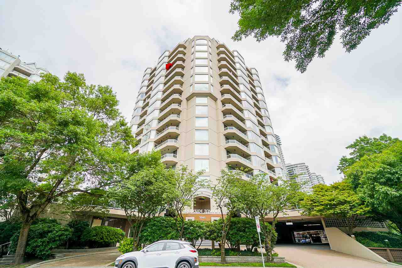 """Main Photo: 405 1045 QUAYSIDE Drive in New Westminster: Quay Condo for sale in """"Quayside Tower 1"""" : MLS®# R2479286"""
